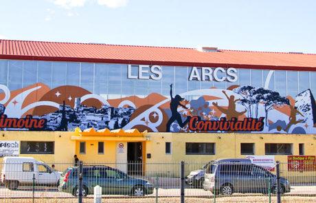 fresque aux Arcs-sur-Argens, Salle polyvalente