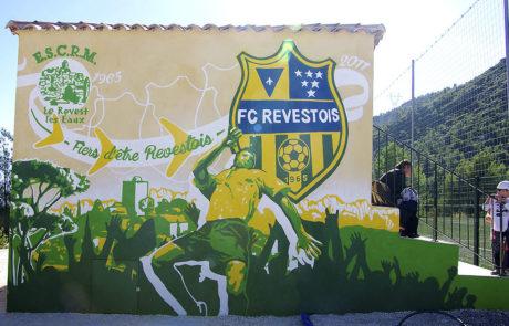 fresques interactives au Revest-les-Eaux, Stade de la colline